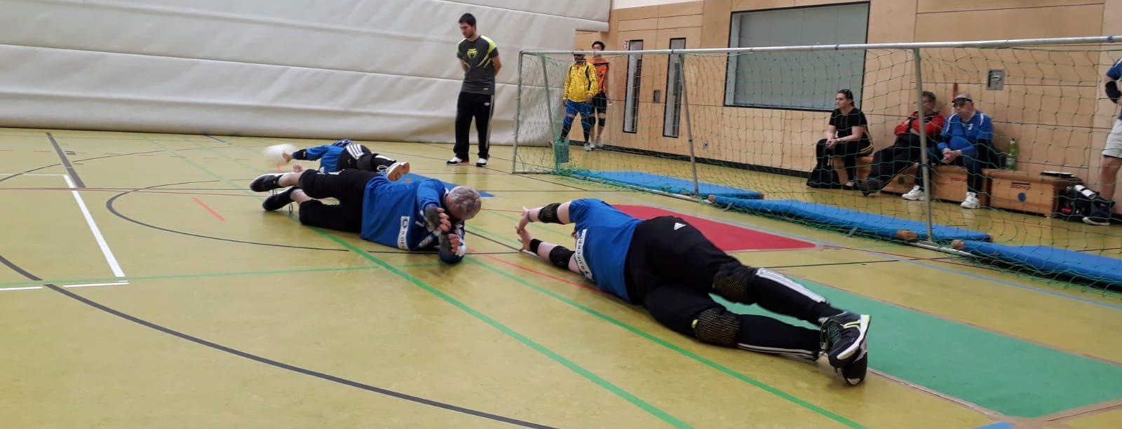 SV Hoffeld 1 bei der Abwehr