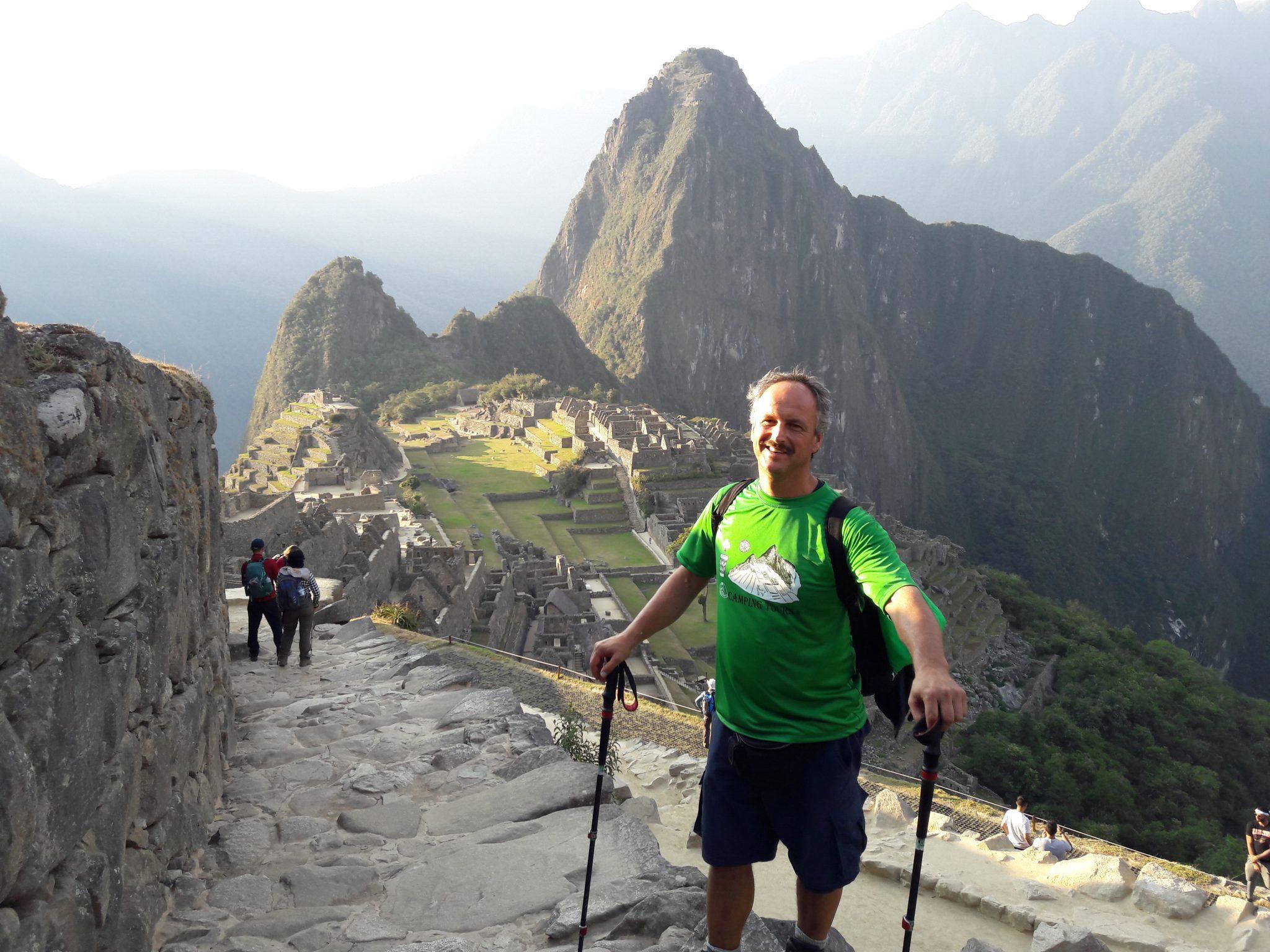 Alexander Knecht (Peru 2019) auf dem Weg nach Machu Picchu