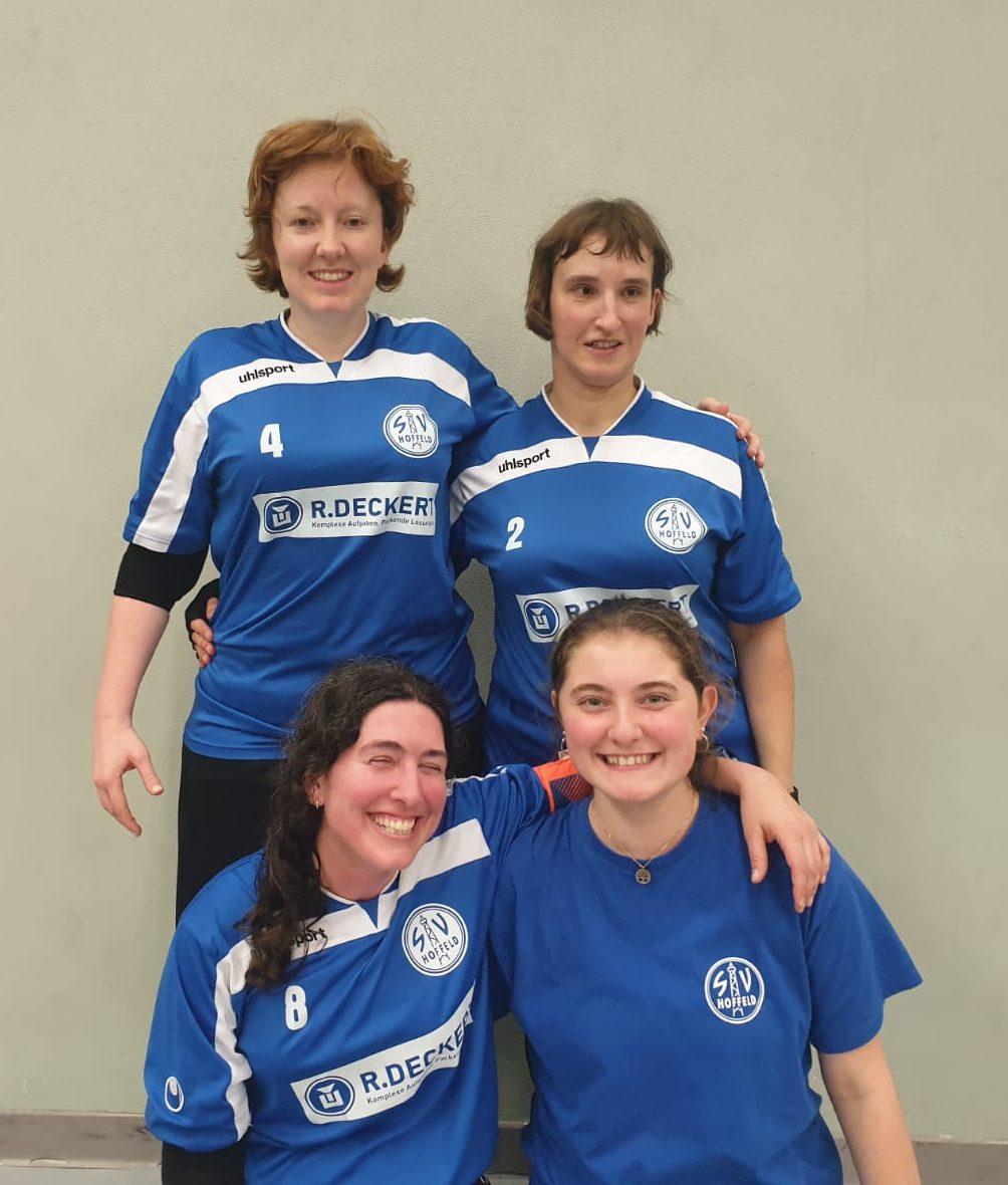 Unsere Damen: Theresa, Hella, Nadja und Anne-Sophie